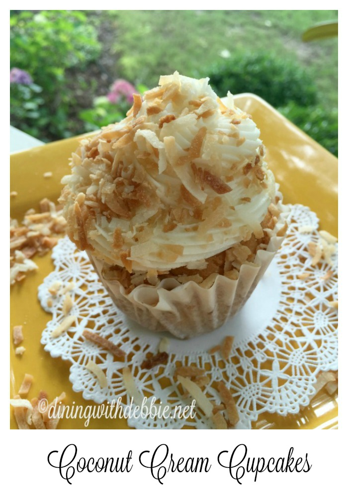 coconut cream cupcakes vert gold plated