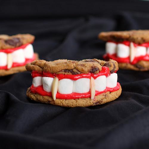 halloween-dracula-dentures-set