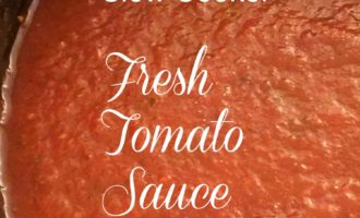 slow cooker fresh tomato sauce vertical feature diningwithdebbie.net